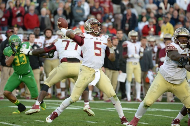 The Tampa Bay Buccaneers will have to choose between Jameis Winston and Marcus Mariota. (Jayne Kamin-Oncea-USA TODAY Sports)