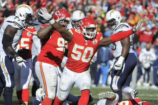 Kansas City Chiefs outside linebacker Justin Houston (50) celebrates after a sack against the San Diego Chargers. (John Rieger-USA TODAY Sports)
