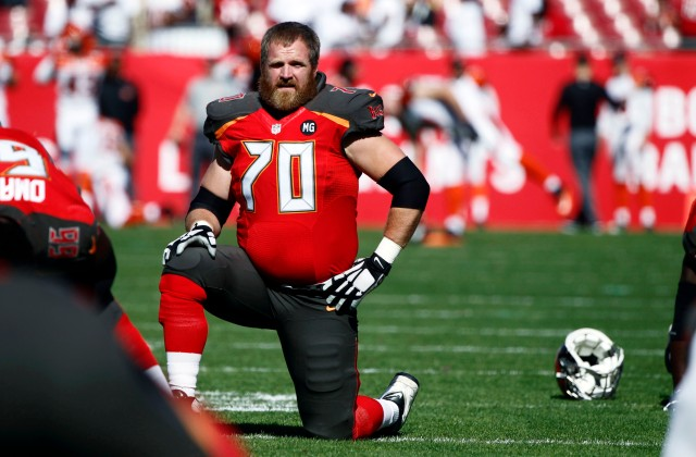 G Logan Mankins spent 2014 with the Buccaneers after nine years in New England. (Kim Klement, USA TODAY Sports)