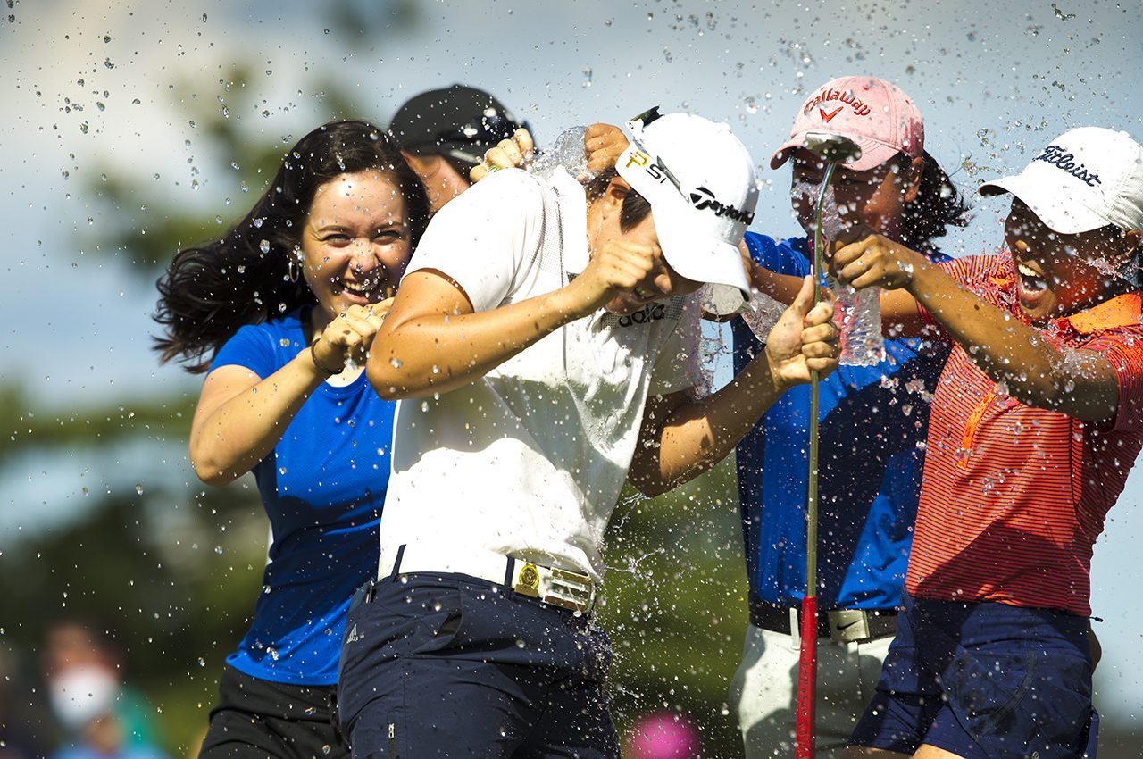 Eun Jeong Seong became the first player to win the U.S . Women's Amateur and Girls' Junior in the same year.
