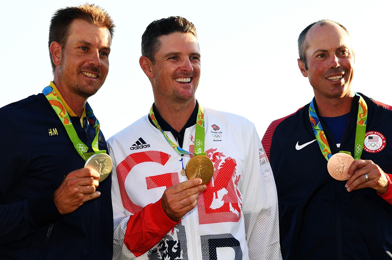 Henrik Stenson (silver), Justin Rose (gold), Matt Kuchar (bronze) show off their medals at the 2016 Olympics.