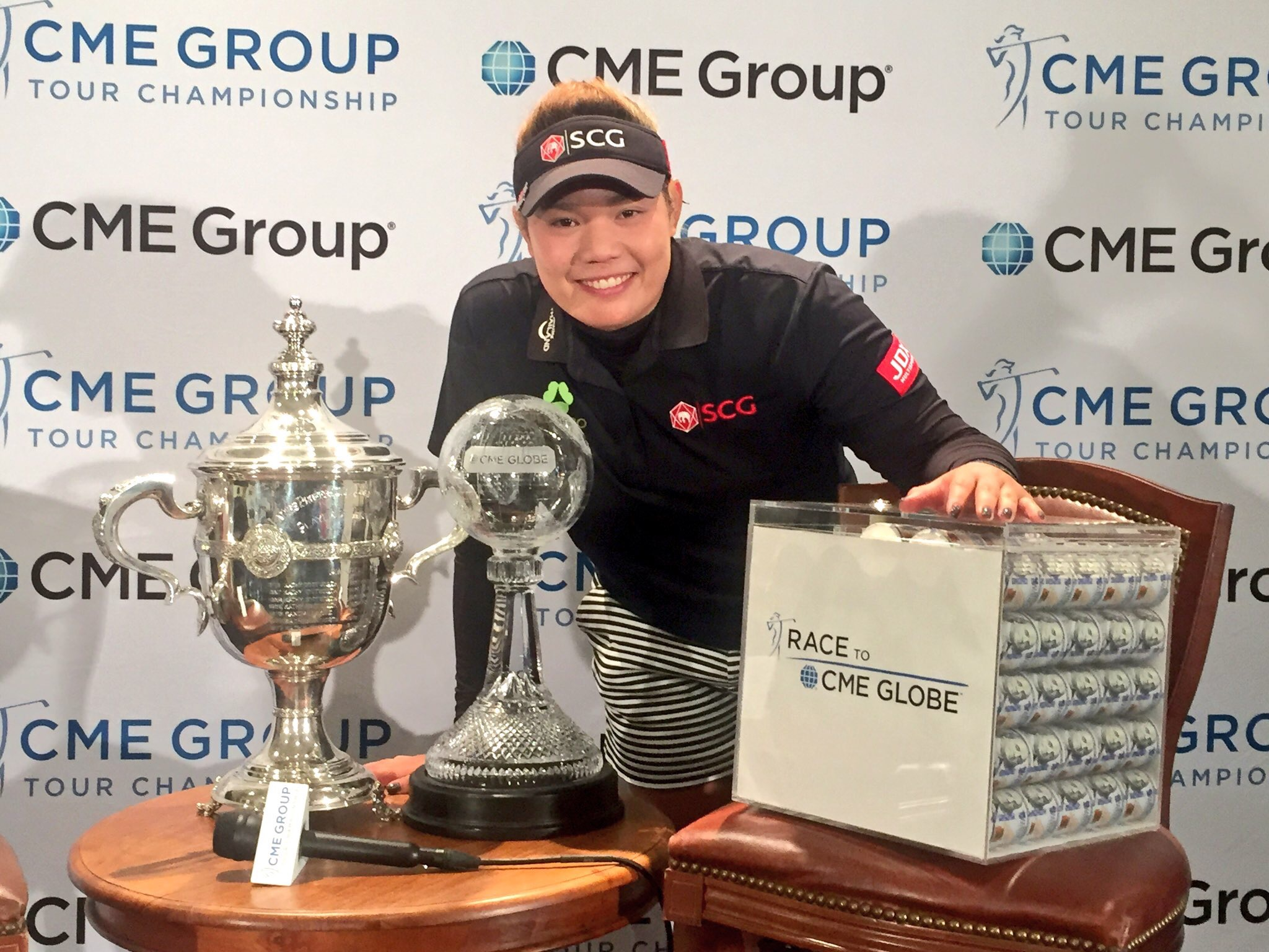 Ariya Jutanugarn puts the icing on a career-changing year at the CME Group Tour Championship.