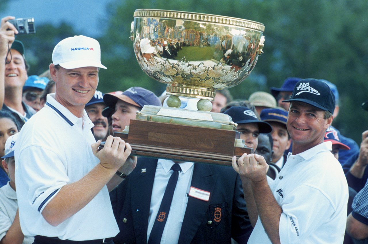 Ernie Els and Wayne Westner with the 1996 World Cup of Golf trophy (Getty Images)