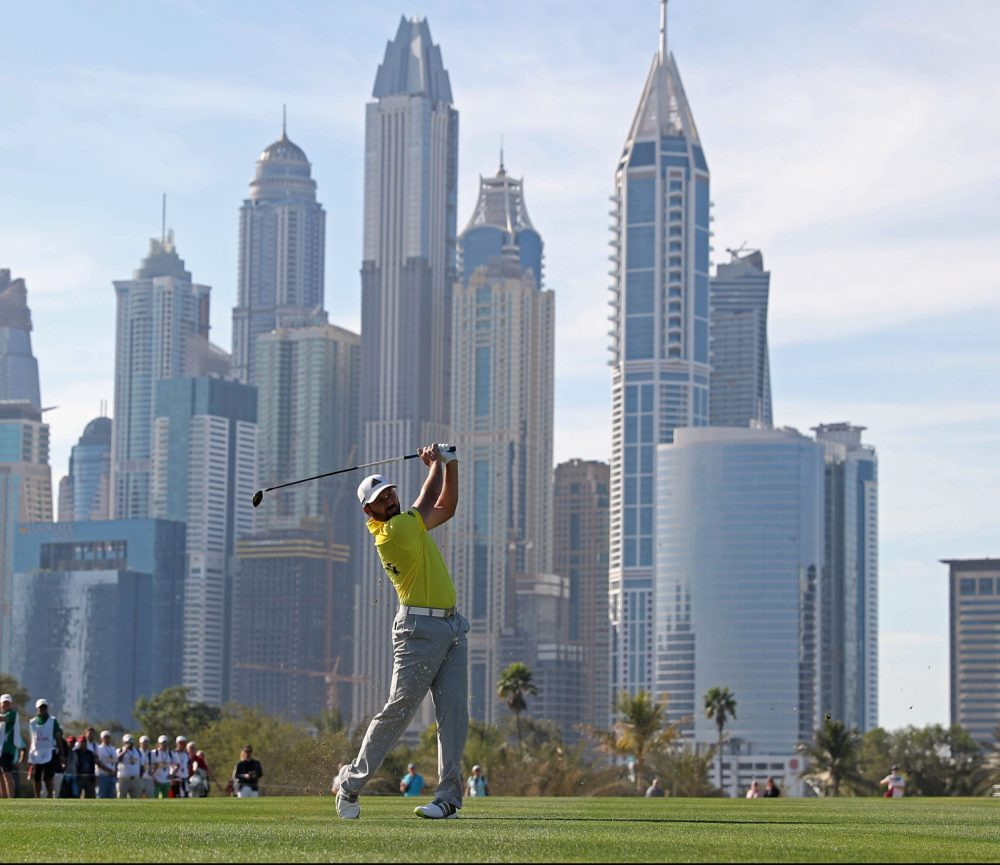 Sergio Garcia of Spain plays a shot during the final round of the Omega Dubai Desert Classic at the Emirates Golf Club, on February 5, 2017 in Dubai. / AFP / KARIM SAHIB (Photo credit should read KARIM SAHIB/AFP/Getty Images)