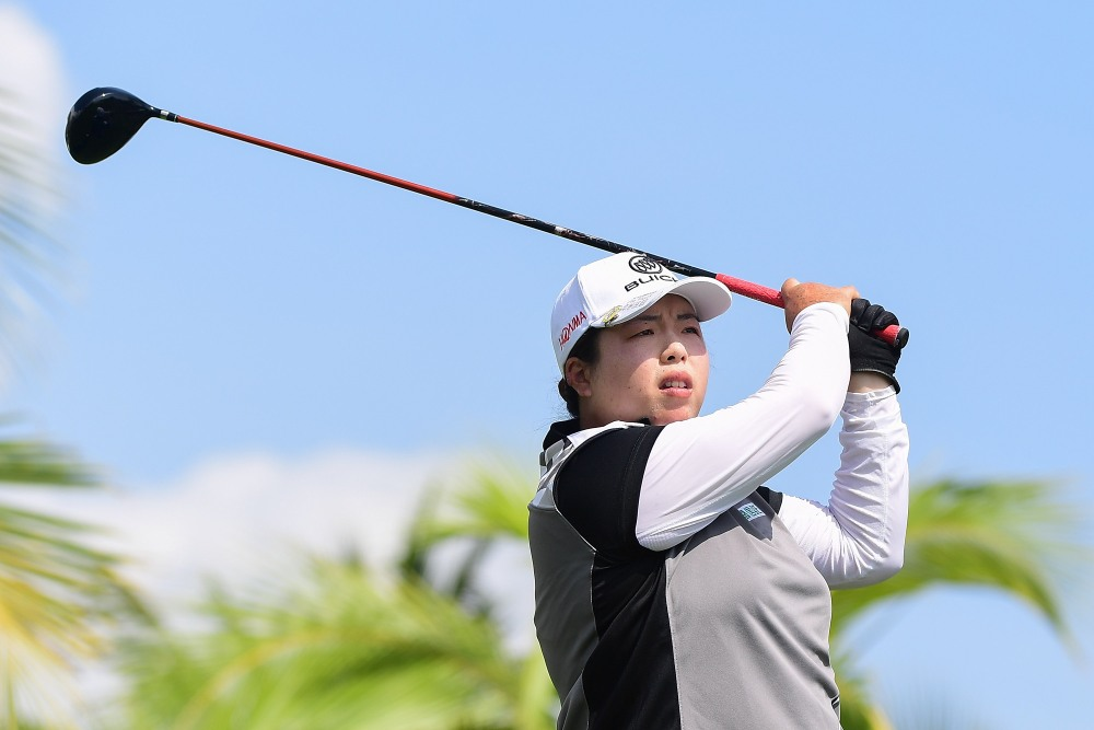 HAINAN ISLAND, CHINA - NOVEMBER 10: Shanshan Feng of China plays a shot on the 6th hole during the third round of the Blue Bay LPGA at Jian Lake Blue Bay golf course on November 10, 2017 in Hainan Island, China. (Photo by Zhe Ji/Getty Images)