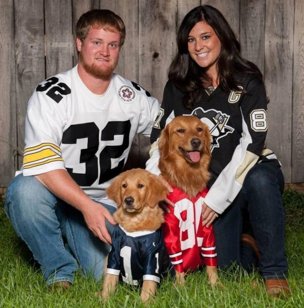 Rachel Rohanna, her husband Ethan and their dogs. (Rachel Rohanna/Facebook)