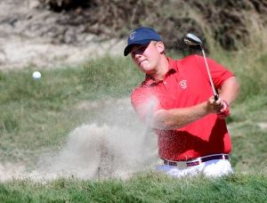 LOS ANGELES, CA - SEPTEMBER 09: Braden Thornberry of Team USA his out of a bunker on the eighth hole in a two up win over Harry Ellis of Team Great Britain and Ireland during the singles matches in the 2017 Walker Cup at the Los Angeles Country Club on September 9, 2017 in Los Angeles, California. (Photo by Harry How/Getty Images)