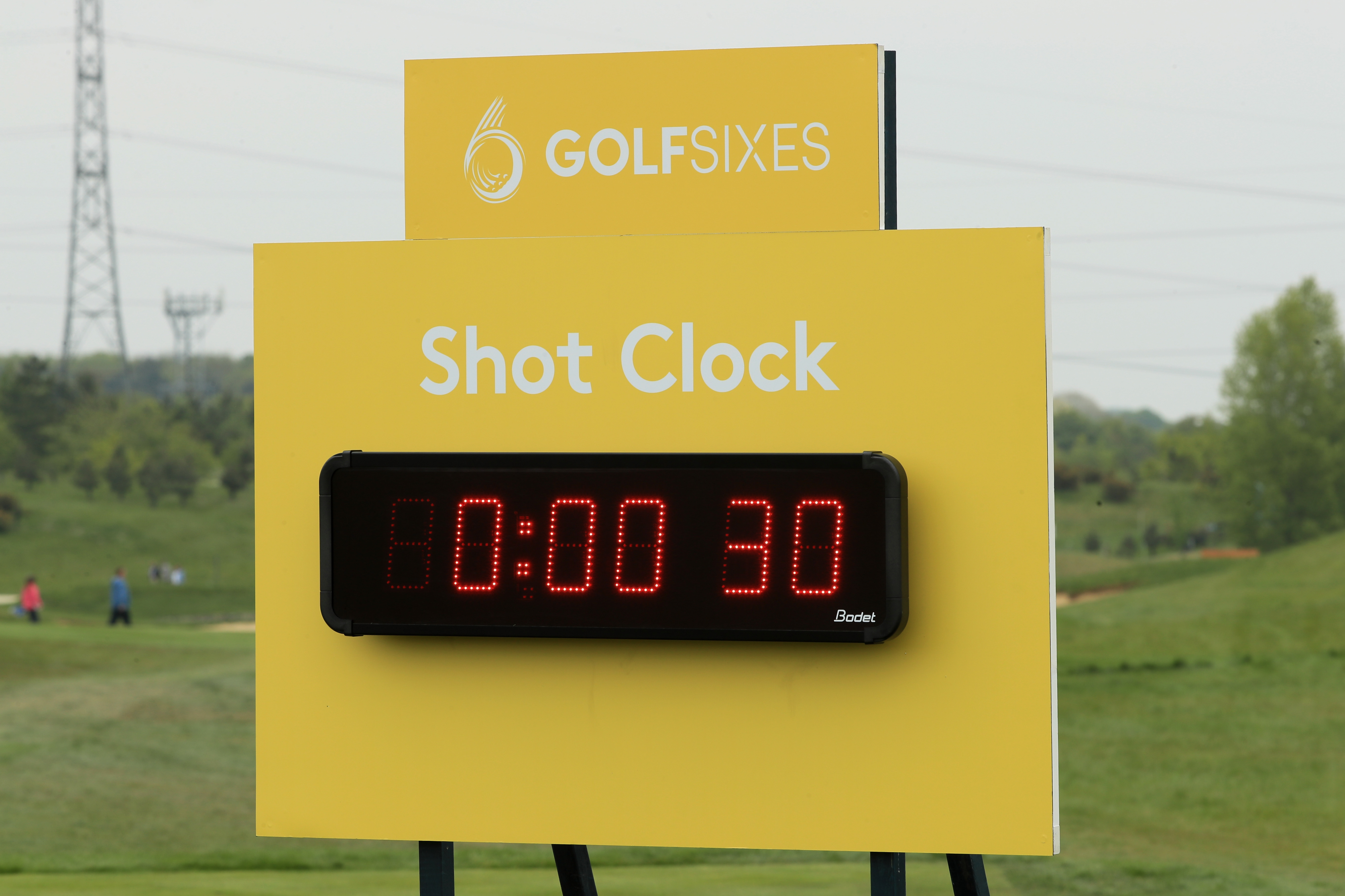ST ALBANS, ENGLAND - MAY 06: General View of the shot clock on the 4th hole during day one of GolfSixes at The Centurion Club on May 6, 2017 in St Albans, England. (Photo by Andrew Redington/Getty Images)