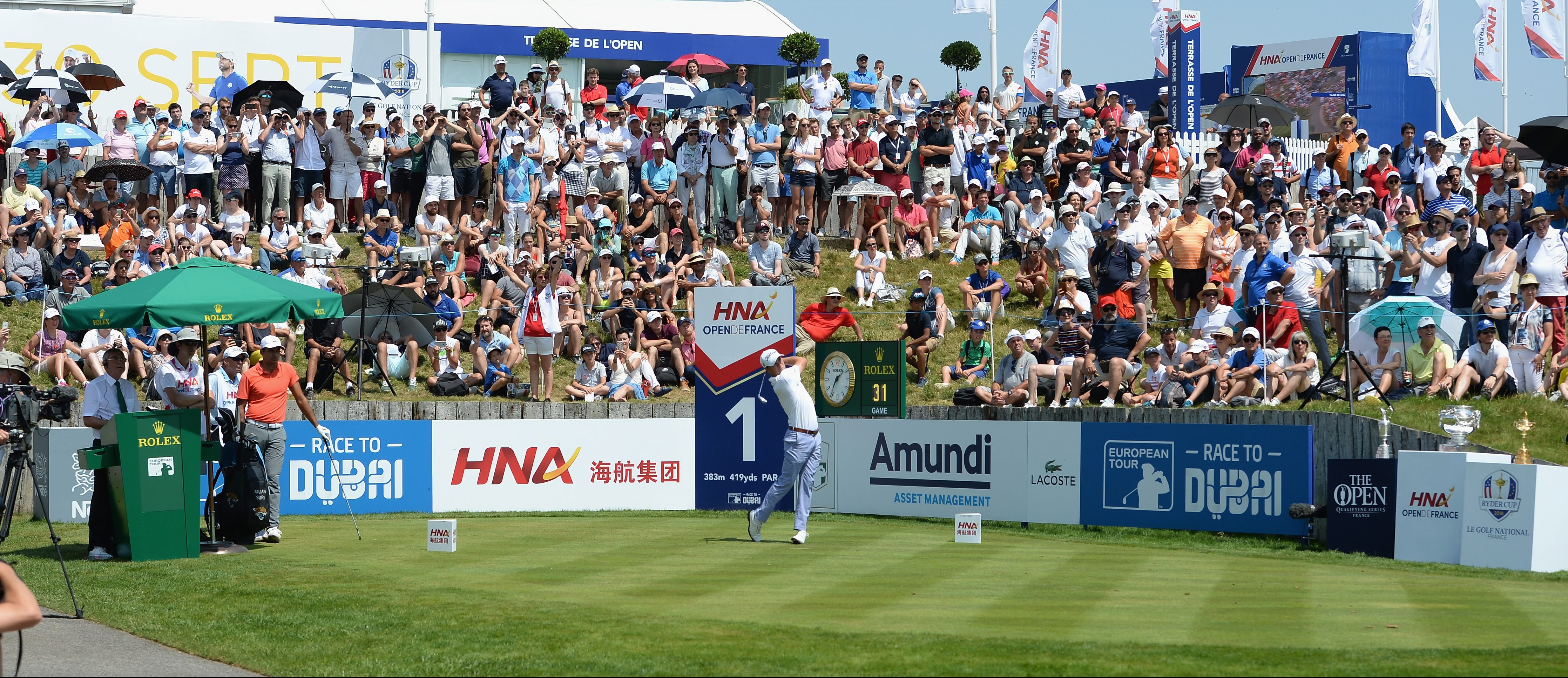 PARIS, FRANCE - JULY 01: Justin Thomas of the United States plays his first shot on the 1st tee during final round of the HNA Open de France at Le Golf National on July 1, 2018 in Paris, France. (Photo by Tony Marshall/Getty Images)