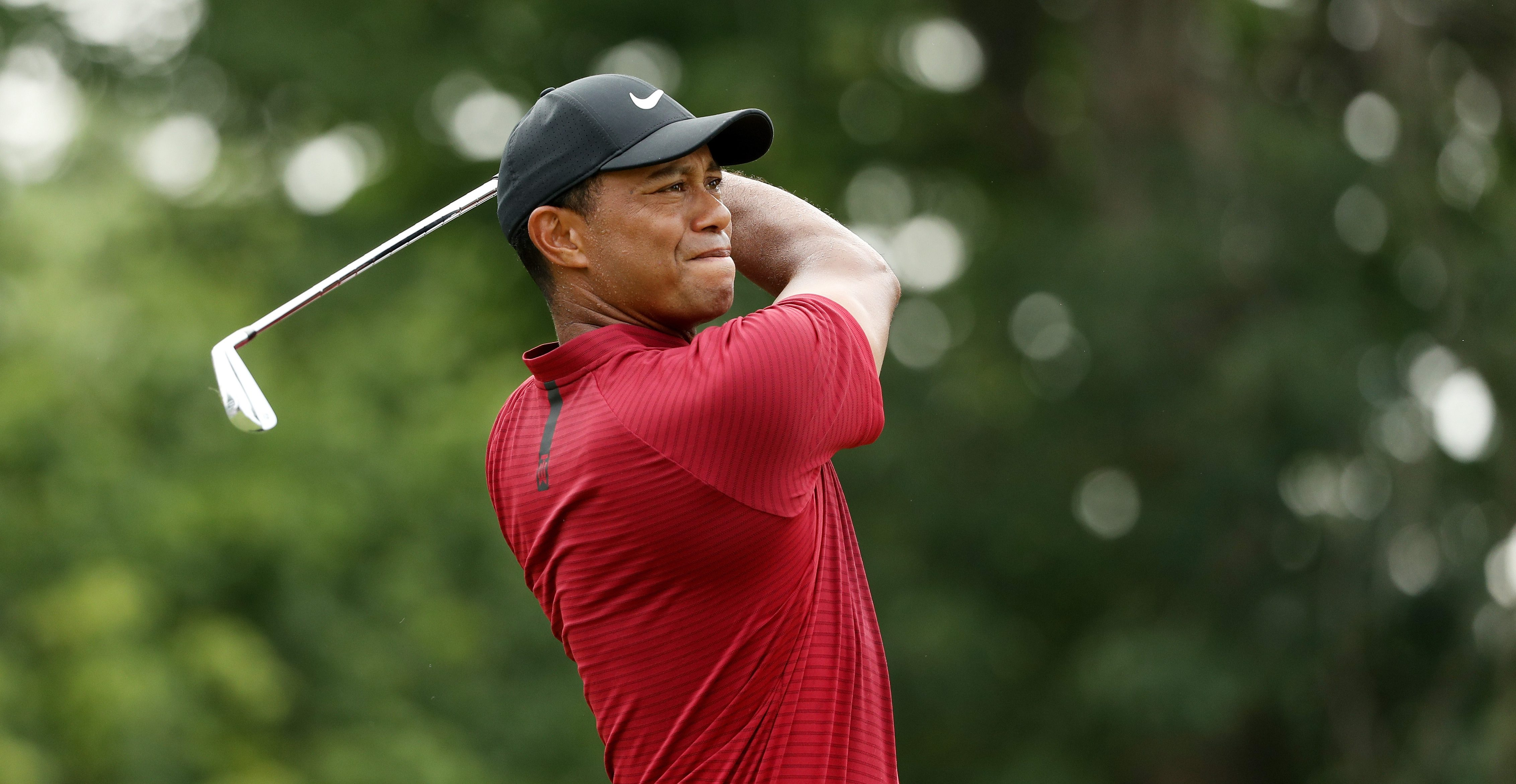 ST LOUIS, MO - AUGUST 12: Tiger Woods of the United States plays his shot from the second tee during the final round of the 2018 PGA Championship at Bellerive Country Club on August 12, 2018 in St Louis, Missouri. (Photo by Streeter Lecka/PGA of America/PGA of America via Getty Images)
