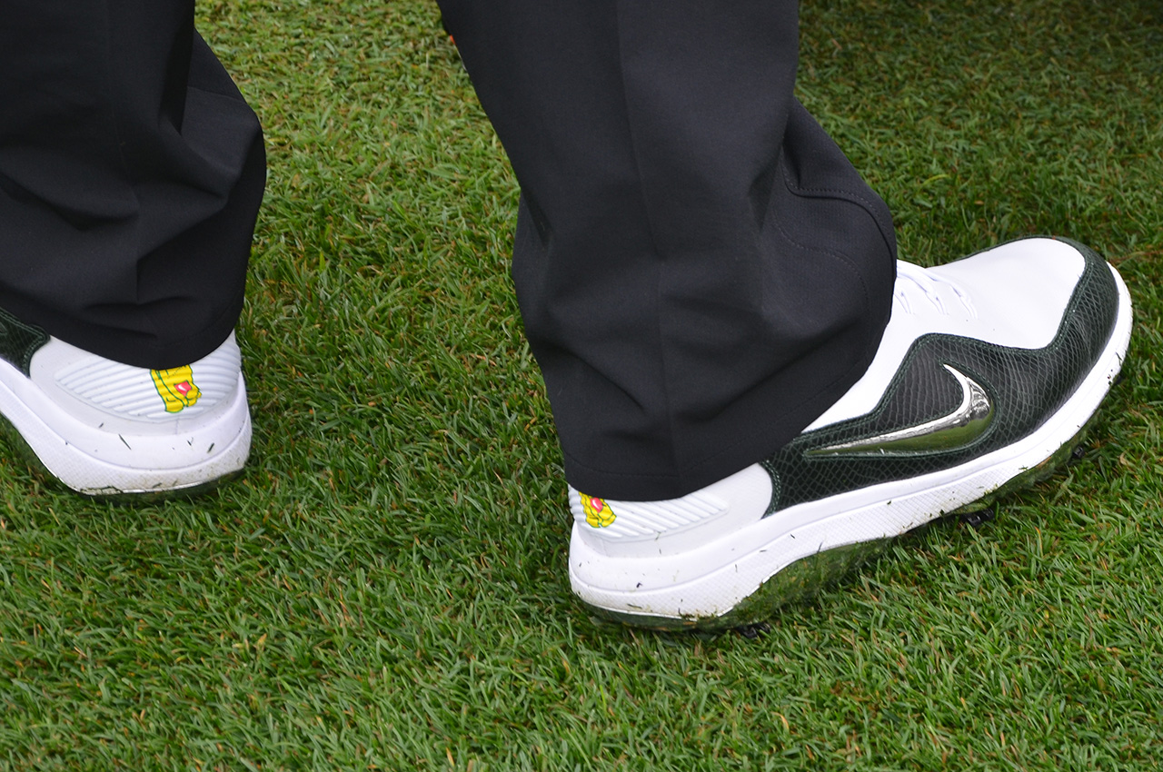 Patrick Reed's Nike shoes