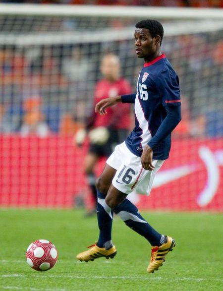 Maurice Edu 2 (ISIphotos.com)