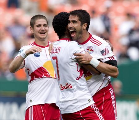 Red Bulls Celebrate (TonyQuinnISI)