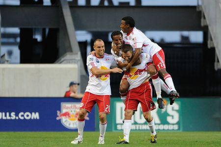 Red Bulls Celebrate1 (HowardCSmithISI)