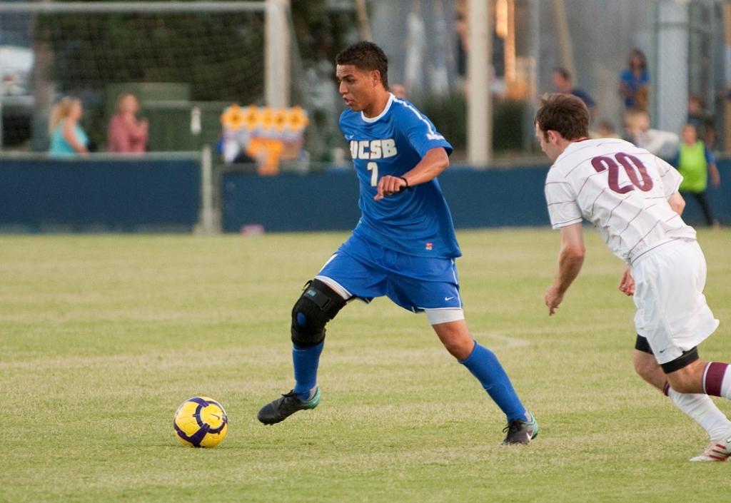 M_Soccer_vs_West_Silva001
