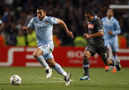Tevez (Reuters Pictures)