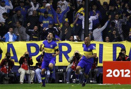 RiquelmeBoca (Reuters Pictures)