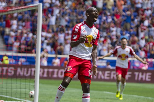 Bradley-Wright-Phillips-Red-Bulls-NYCFC-Screams-After-Scoring-First-Goal-589x390