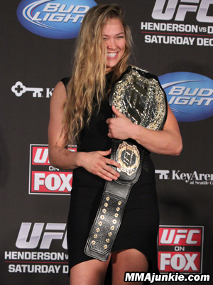 ronday-rousey-belt-300.jpg