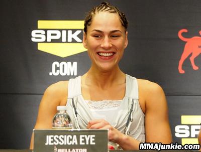 jessica-eye