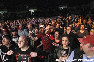 ufc-crowd-6.jpg