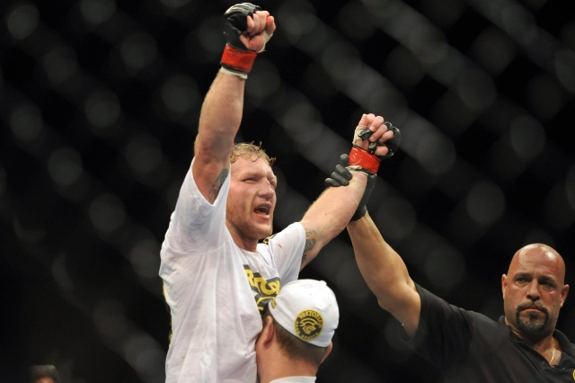 gray-maynard-ufc-on-fx-4