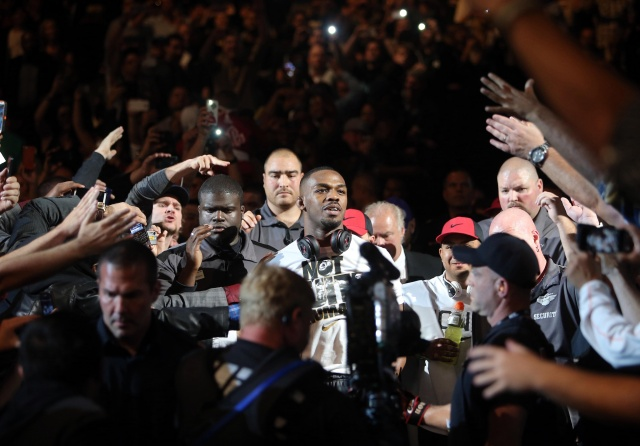 jon-jones-ufc-165-walkout