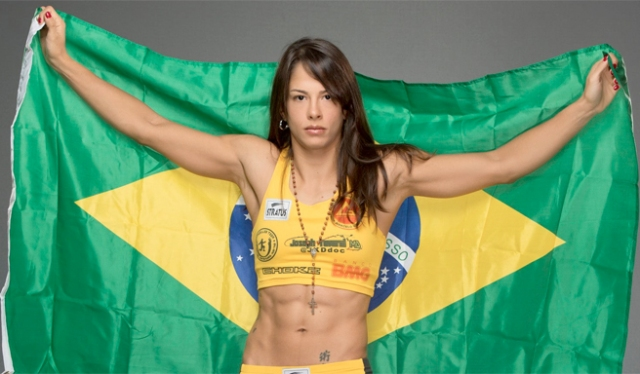 juliana-carneiro-lima-featured.jpg
