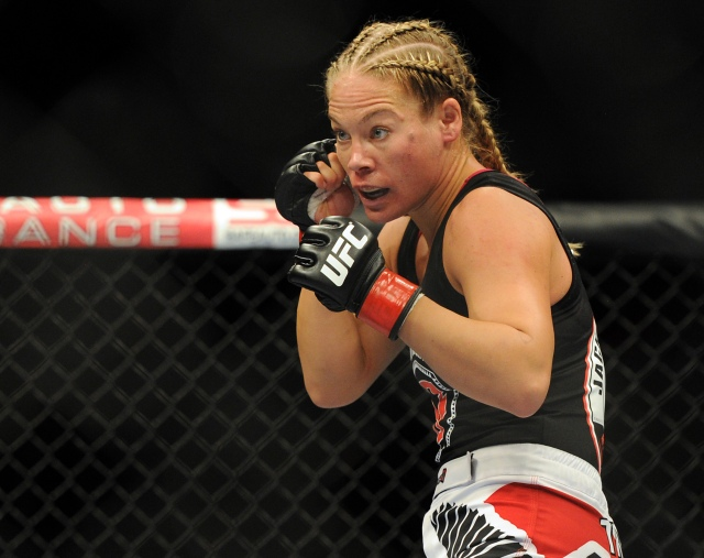 MMA: UFC on FOX 8-Kedzie-deRandamine