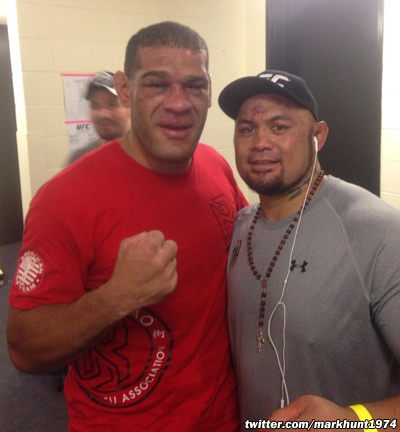 antonio-silva-mark-hunt-ufc-fight-night-33