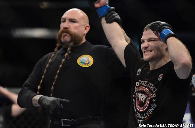 MMA: UFC on FOX 9-Jorgensen vs Makovsky