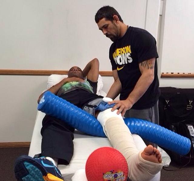 anderson-silva-broken-leg-rehab
