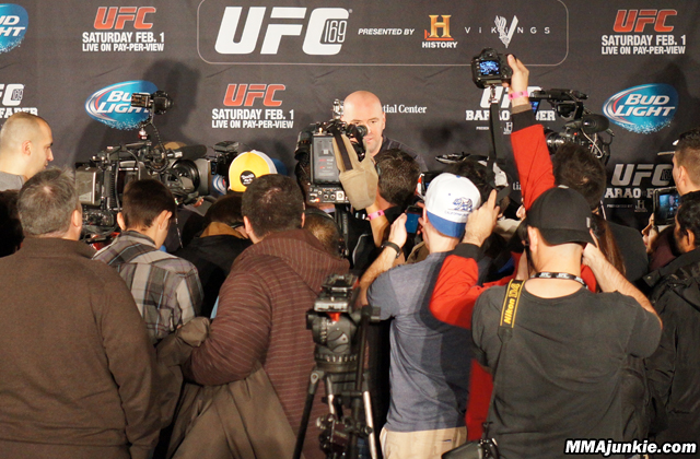 dana-white-ufc-169-scrum