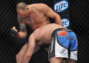 travis-browne-tuf-17-finale