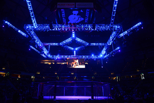 ufc-cage-sleep-train-arena