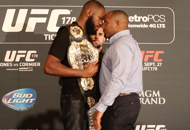 jon-jones-daniel-cormier-fight-video-3