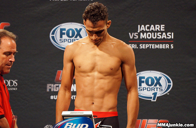 charles-oliveira-ufc-fight-night-50