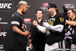 mark-hunt-roy-nelson-ufc-fight-night-52