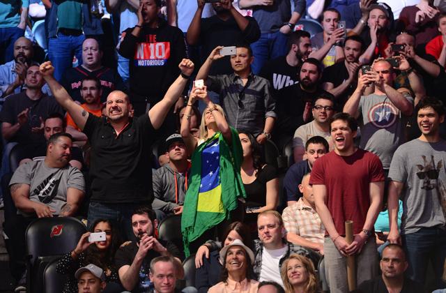 ufc-fans-crowd-ufc-on-fox-15