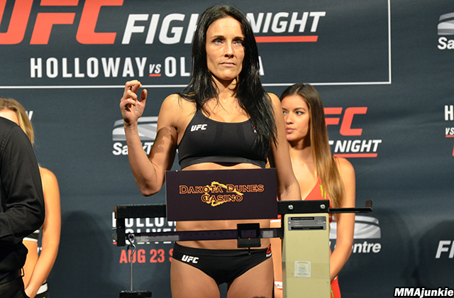 valerie-letourneau-ufc-fight-night-74