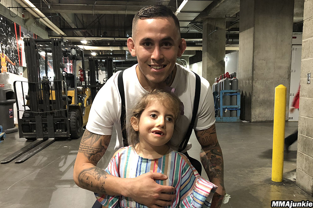 UFC fighter Marlon Vera and his daughter