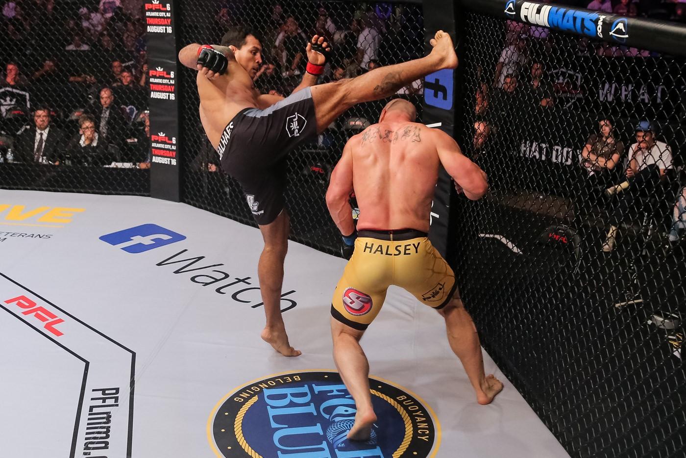 Vinny Magalhaes fights Brandon Halsey at PFL 5