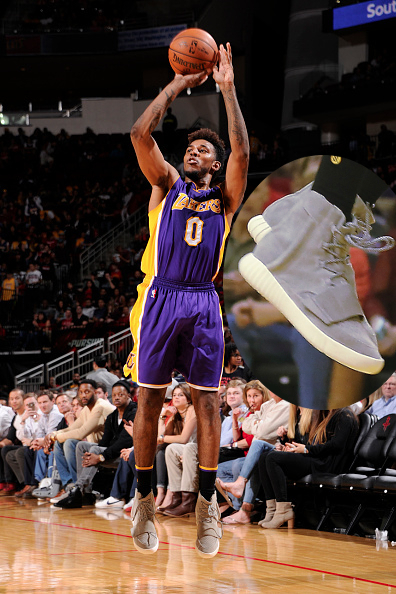 nick young low sneak