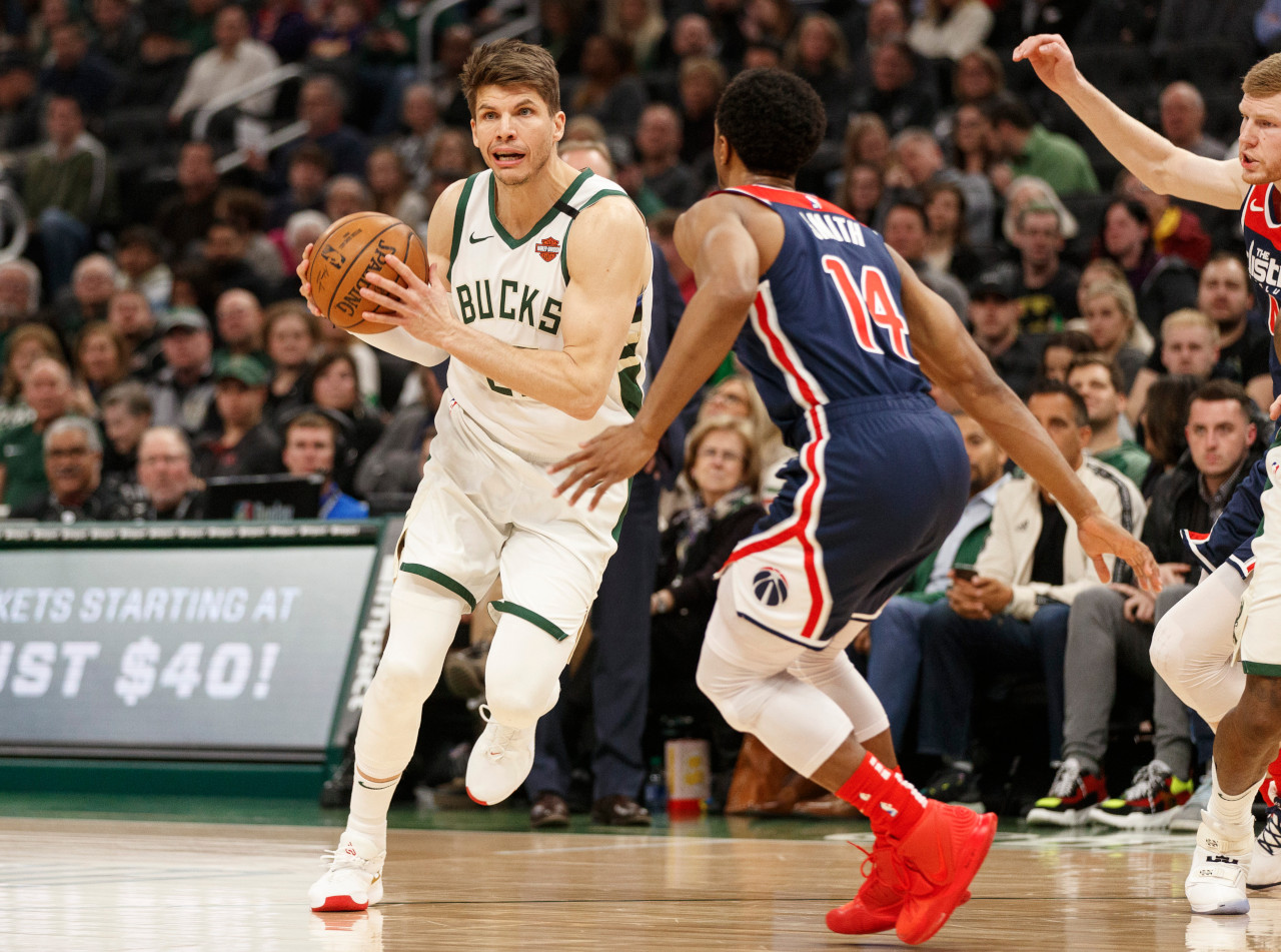 Kyle Korver, Milwaukee Bucks