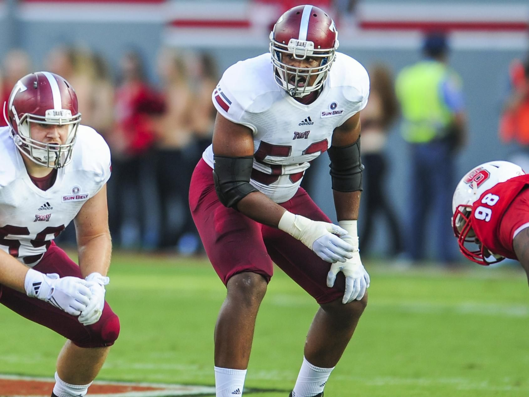 Antonio Garcia will have an opportunity to improve his draft stock in the NFL combine.