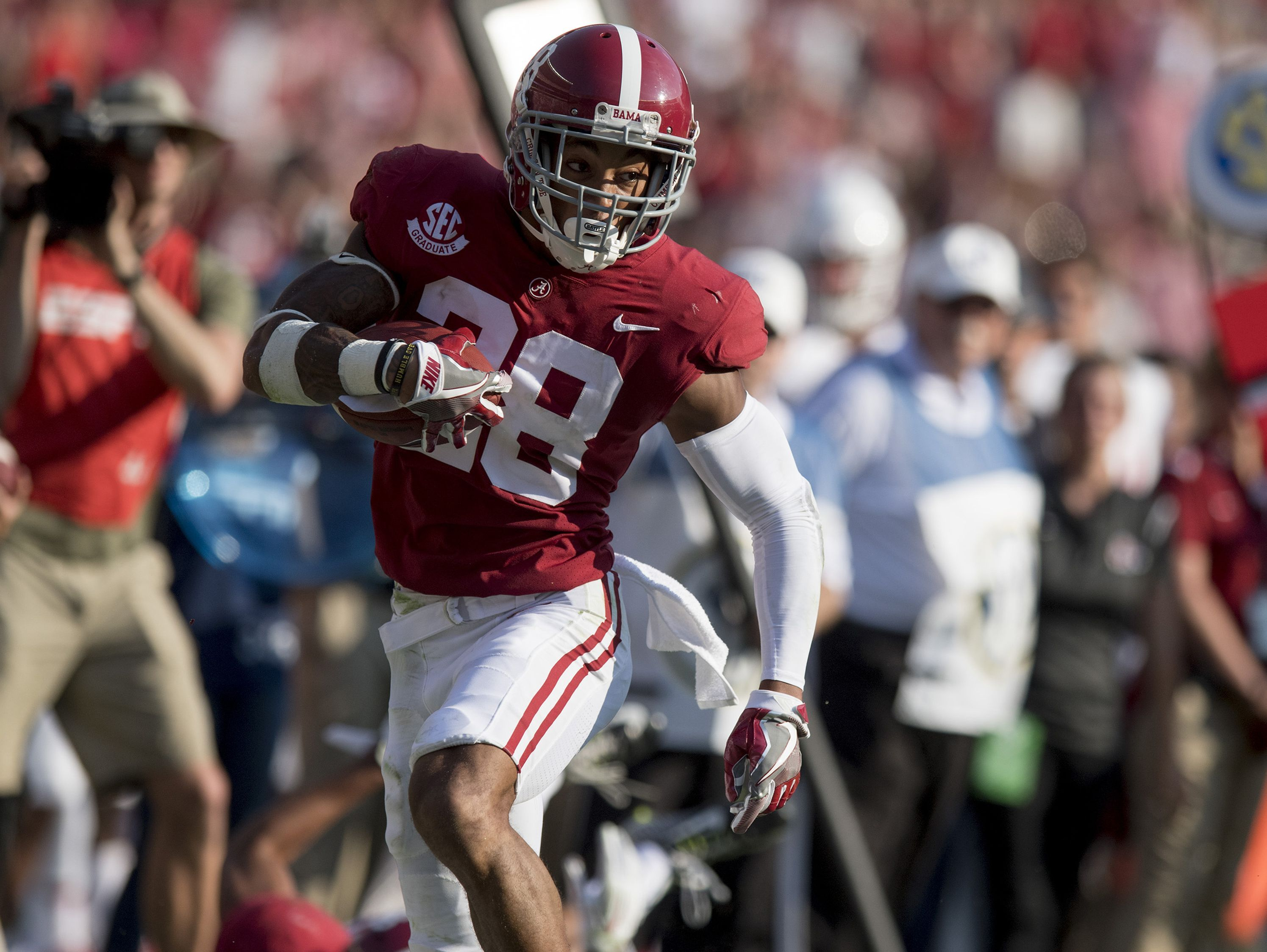 Blessed' Tide DB Averett projected Day 2 NFL draft pick | USA ...