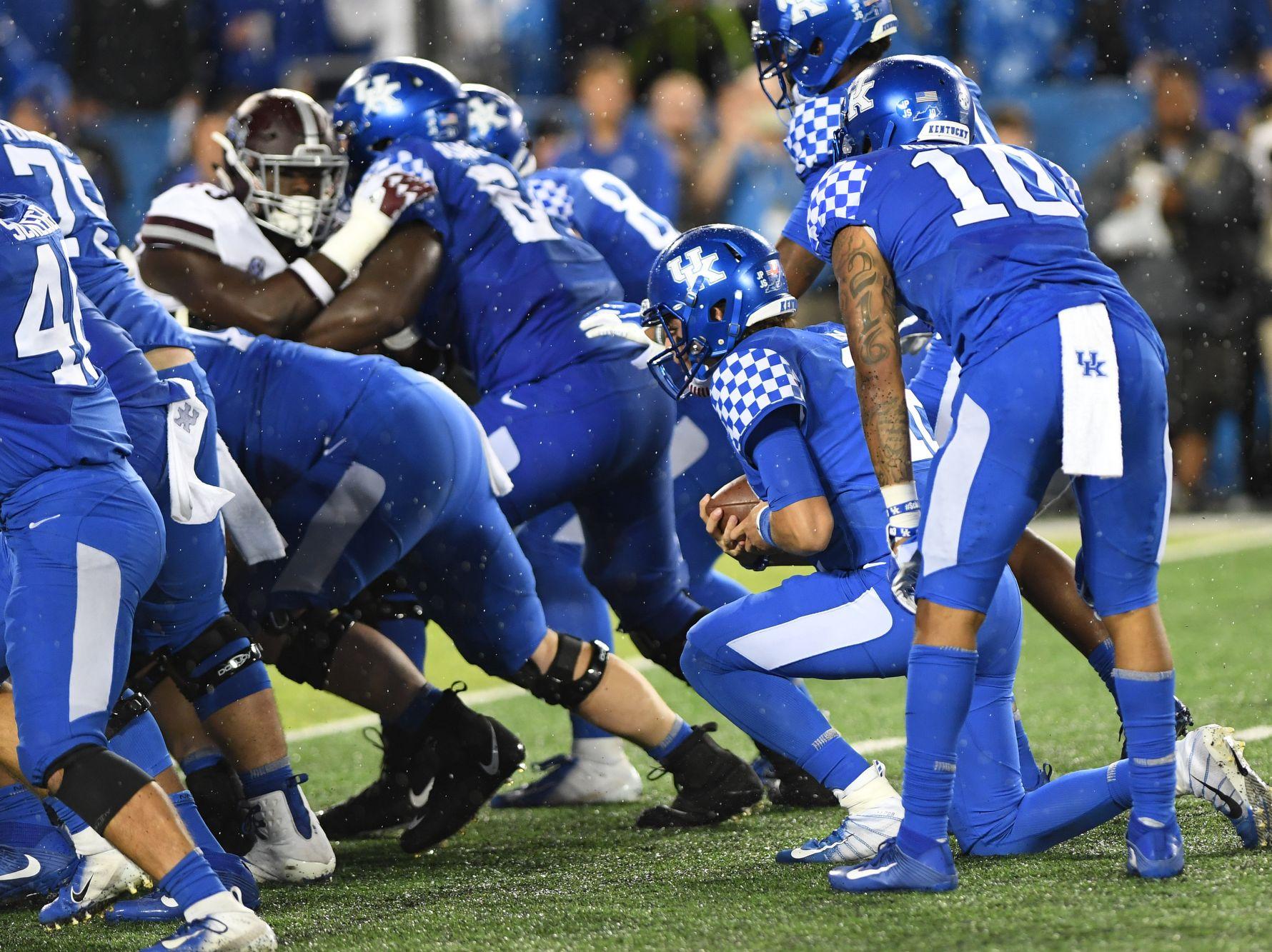 Mark Stoops, Kentucky football silencing doubts one week ...