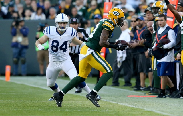 GREEN BAY, WI - NOVEMBER 06: Ha Ha Clinton-Dix #21 of the Green Bay Packers intercepts a pass in the first quarter against the Indianapolis Colts at Lambeau Field on November 6, 2016 in Green Bay, Wisconsin. (Photo by Dylan Buell/Getty Images)