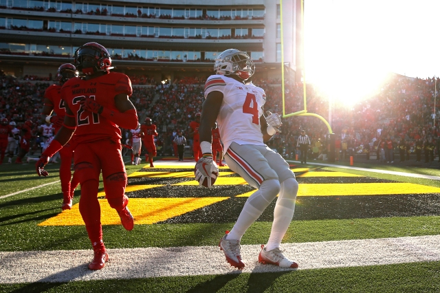 COLLEGE PARK, MD - NOVEMBER 12: Running back Curtis Samuel #4 of the Ohio State Buckeyes scores a touchdown against the Maryland Terrapins in the first quarter at Capital One Field at Maryland Stadium on November 12, 2016 in College Park, Maryland. (Photo by Patrick Smith/Getty Images)