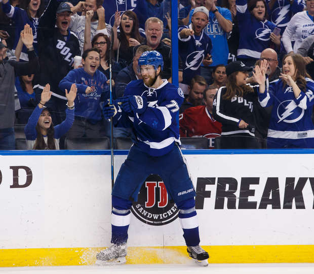 TAMPA, FL - DECEMBER 28: Victor Hedman #77 of the Tampa Bay Lightning celebrates his goal against the Montreal Canadiens during third period at Amalie Arena on December 28, 2016 in Tampa, Florida. (Photo by Scott Audette/NHLI via Getty Images)